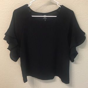 Bobeau black top with ruffle sleeves size small